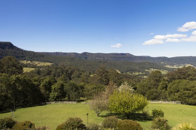 170711 Kangaroo Valley view-edit